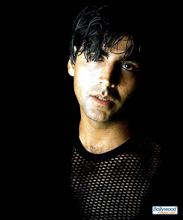 Picture   image of Akshay Kumar   akshay_kumar_028 jpg  640x768 size