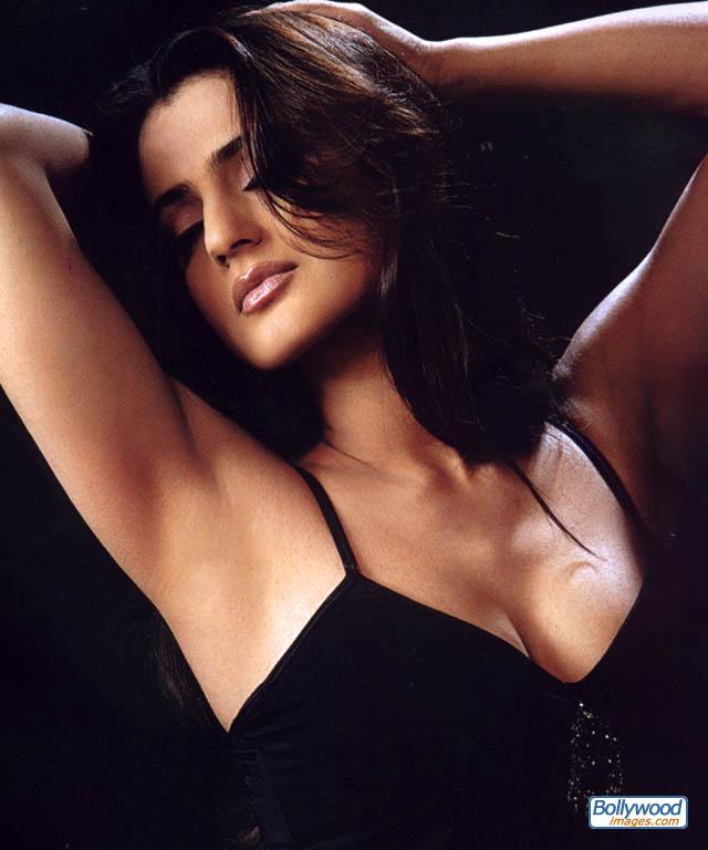 Amisha Patel - amisha_patel_008