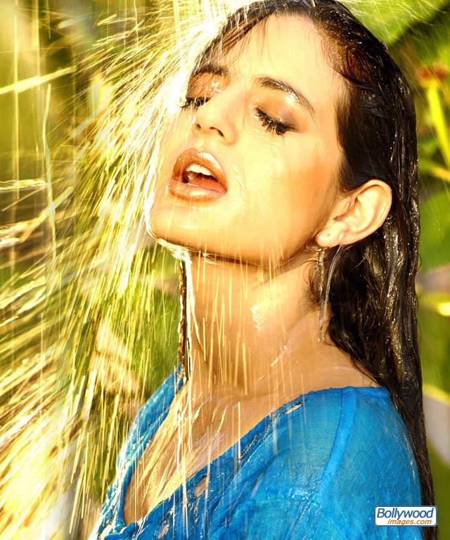 Amisha Patel - amisha_patel_027