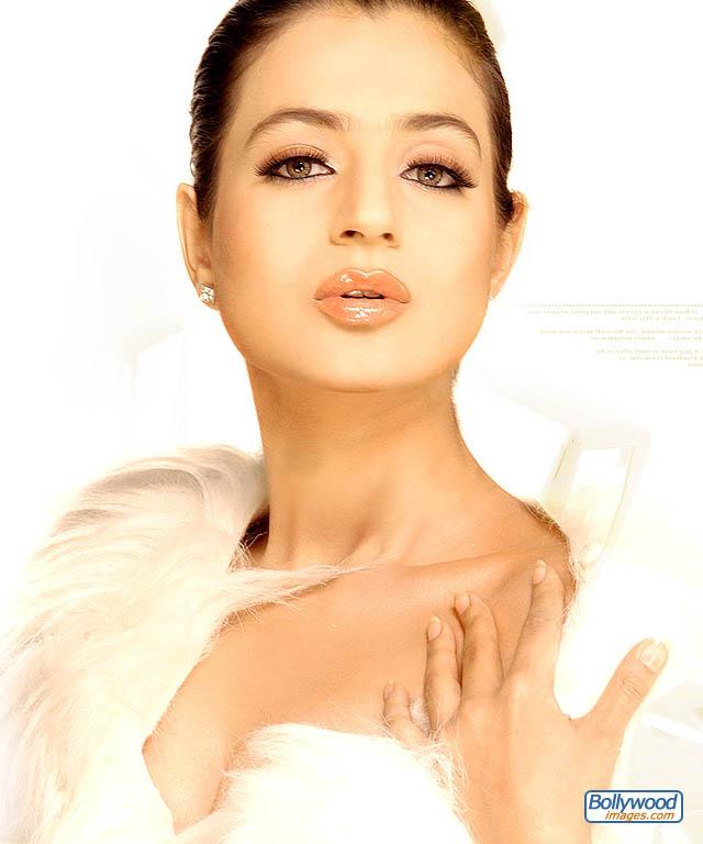 Amisha Patel - amisha_patel_028