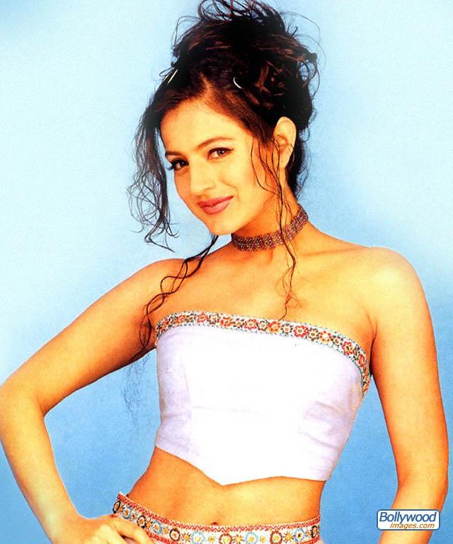 Amisha Patel - amisha_patel_032