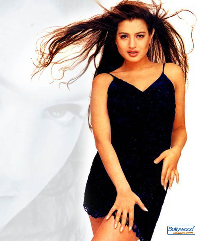 Amisha Patel - amisha_patel_034