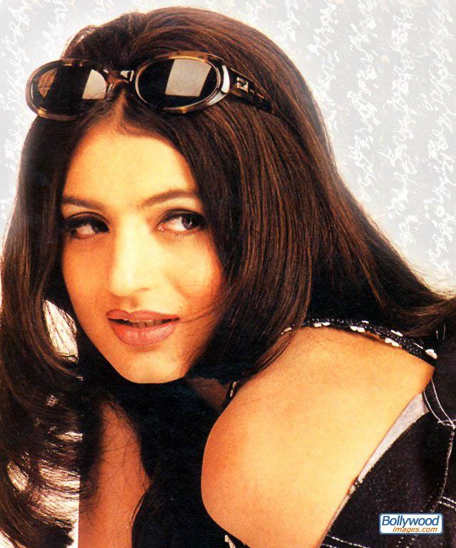 Amisha Patel - amisha_patel_035