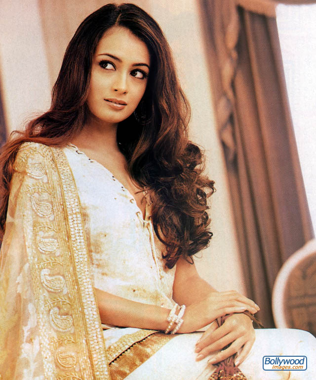 Diya Mirza - Gallery Colection