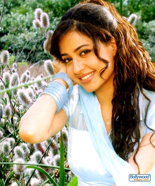 Priya Gill - priya_gill_005