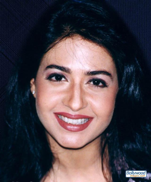 Priya Gill - priya_gill_011