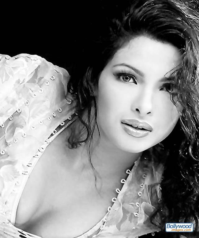 Priyanka Chopra - priyanka_chopra_030