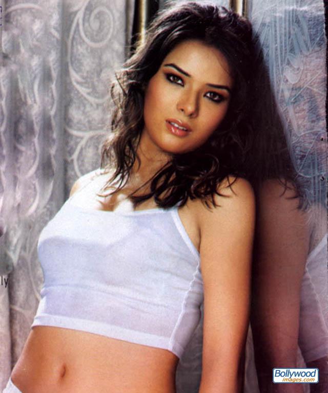 Udita Goswami - udita_goswami_001